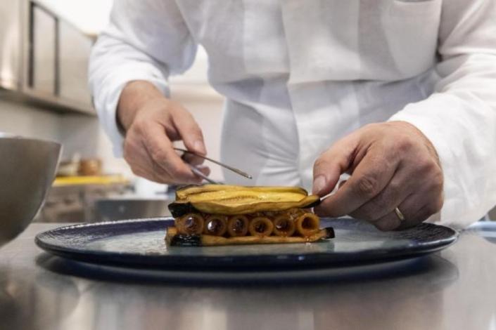 Ristorante Terrammare - Milano. Cucina Siciliana Contemporanea. Il salotto siciliano a Milano. Una magia che unisce amore e passione.